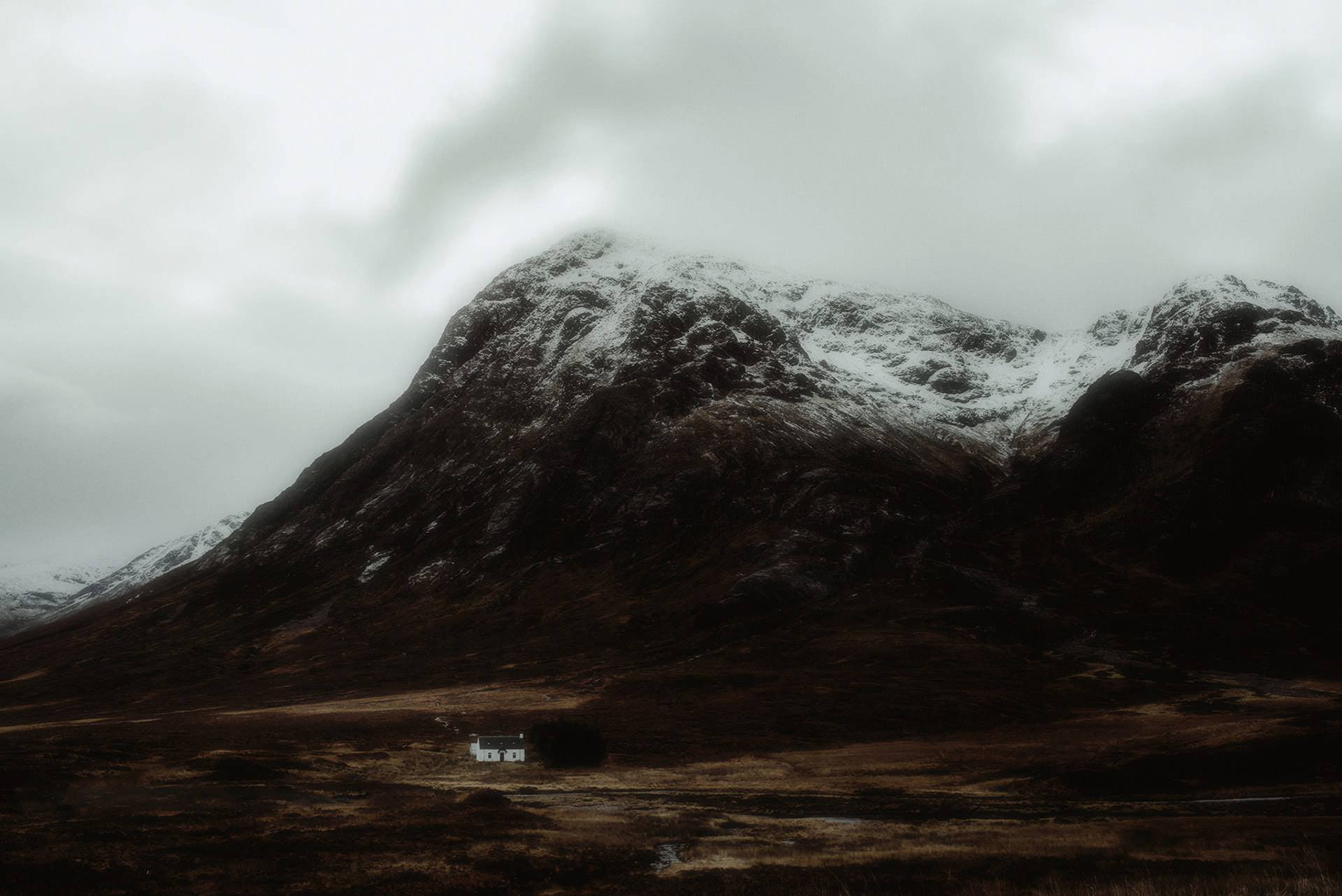 where to elope in scotland a cottage in glencoe