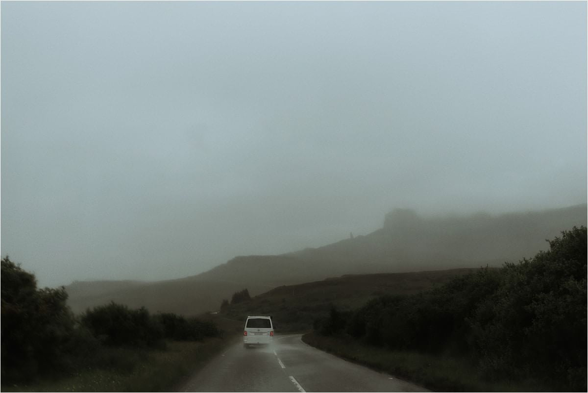 road to the old man of storr on skye