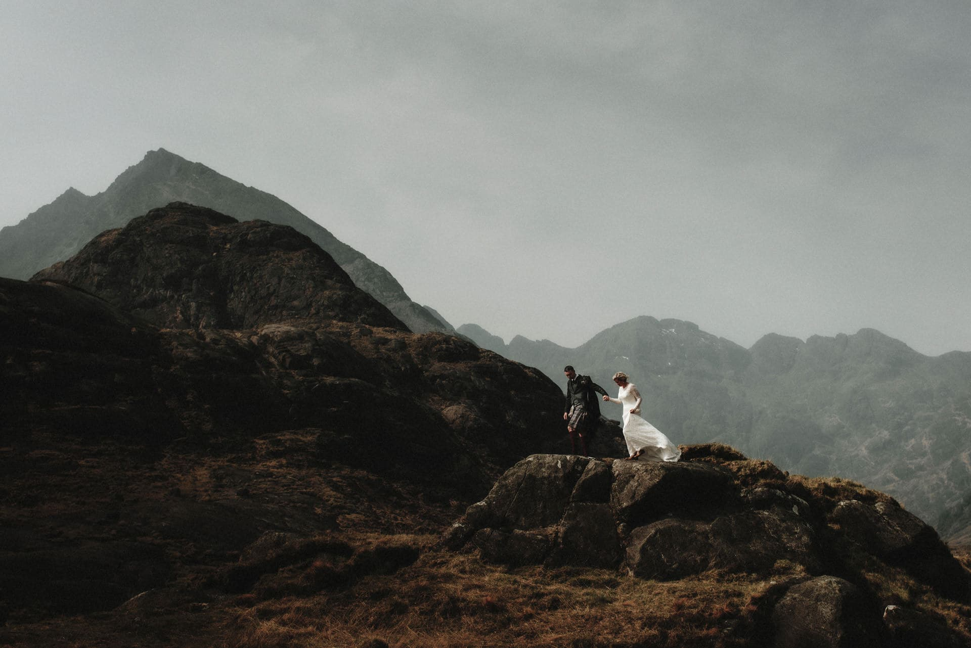 skye elopement couple at Loch Coruisk