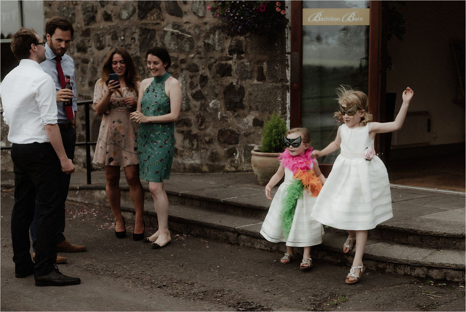 outdoor wedding in scotland at bachilton barn
