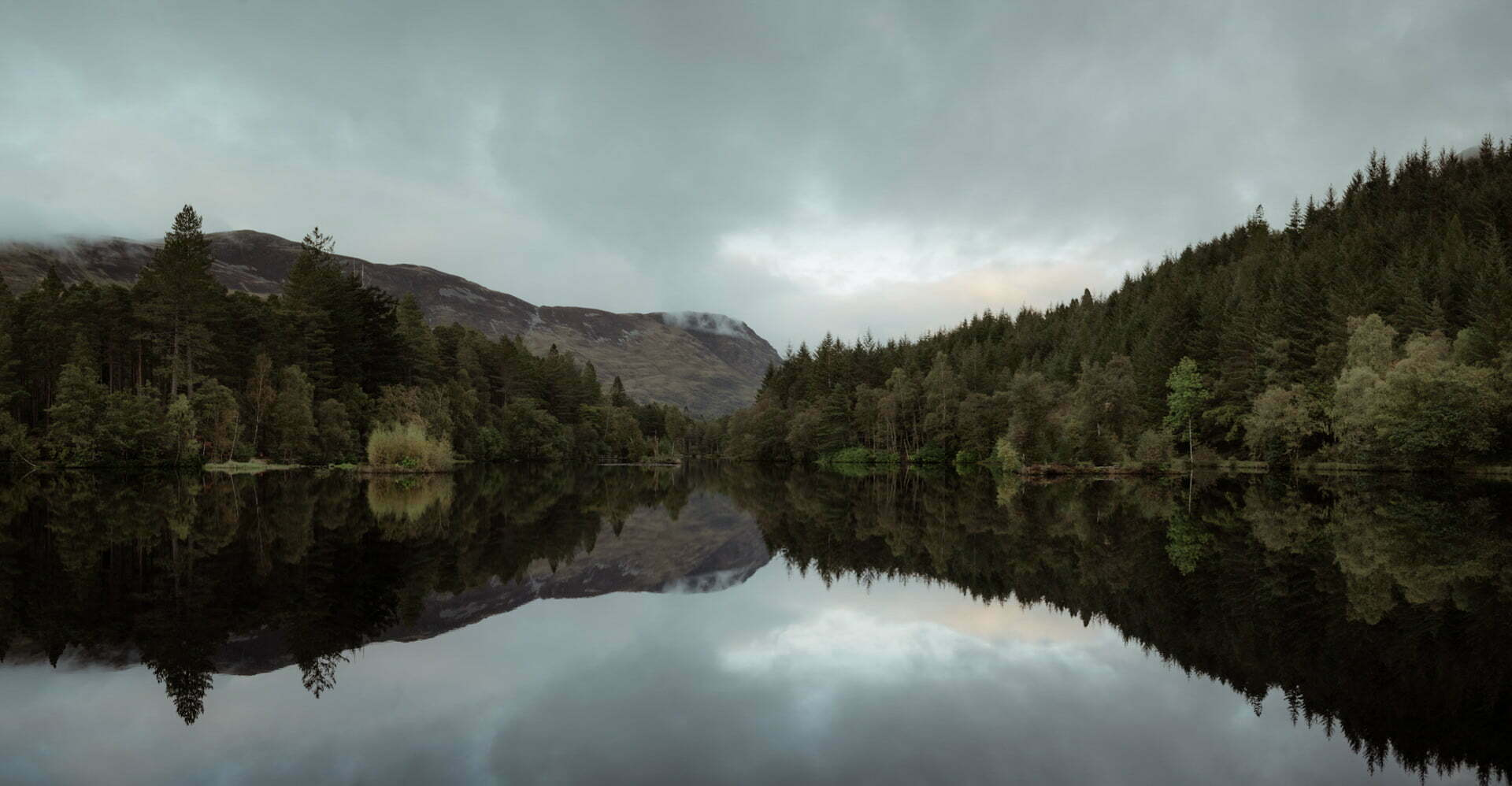 Glencoe loch an on an autumn day